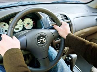 家里帮专业代驾 保障您的安全出行